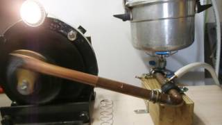 Moteur vapeur produisant du 12 Volts par alternateur