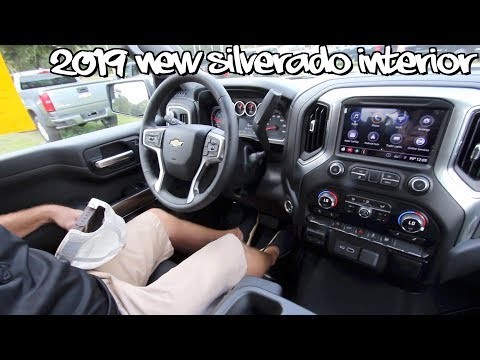 ⚫️New 2019 Chevy Silverado LT ( INTERIOR REVIEW ) Tech Features, Front & Rear Seating