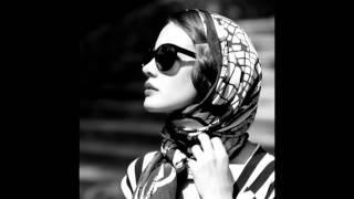 Scarlett Johansson - Summertime