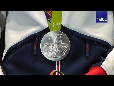 Сборная России сохраняет четвертое место в медальном зачете