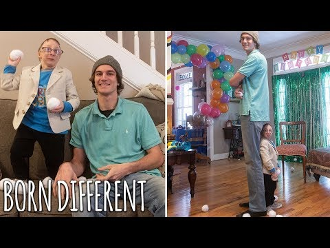 """I'm 28 And Only 2ft 6"""" 