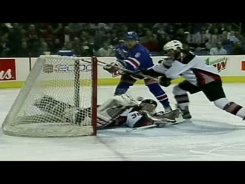 Best of Hasek: Scorpion Save on Adam Graves