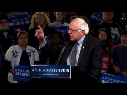 Bernie Sanders in Kansas City, Mo