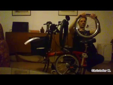 Front Tire Change (plus some biceps flexing) - My Brompton Bicycle [Christofer K.]