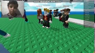 PLAYING WITH MY FRIENDS (Catastrophe Naturelle Surival ROBLOX