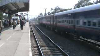 Aggressive WAM-4 with Amritsar Superfast Express at a devastating speed!!