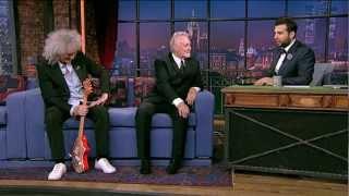 Download Музыканты группы Queen Брайан Мэй и Роджер Тэйлор. Вечерний Ургант. (29.06.2012) Mp3 and Videos