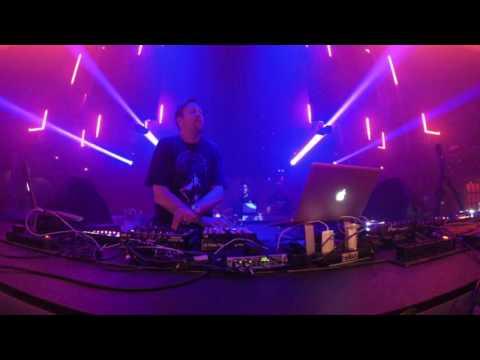 Umek  Llive at Music is Revolution, Week 8 Space, Ibiza   720p HD   02 Aug 2016
