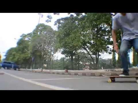 Alust Skateboarding (Ronald Regenth)