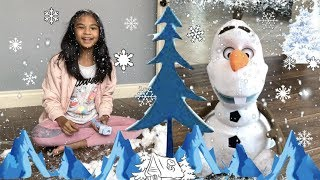 LET IT SNOW! Disney Frozen2 FOLLOW ME FRIEND OLAF Pretend Play | Toys Academy