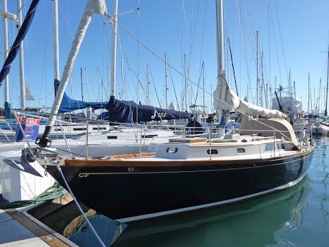 35' Hinckley Pilot Sloop 1973 For Sale at Seacoast Yachts