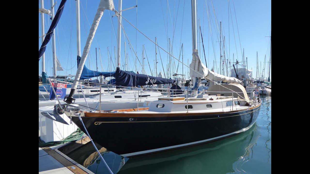 35' Hinckley Pilot Sloop 1973 For Sale at Seacoast Yachts - YouTube