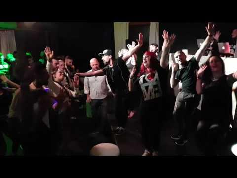 Despacito e Bruno Mars al Papalote Balli di gruppo Star Dance