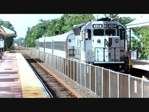 New Jersey Transit Trains At Point Pleasant Beach