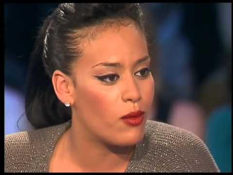 Amel Bent - On n'est Pas Couché 30 Juin 2007 #ONPC