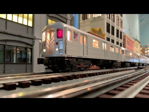 MTH O-Scale New York City Subway R62A (7) Train Set