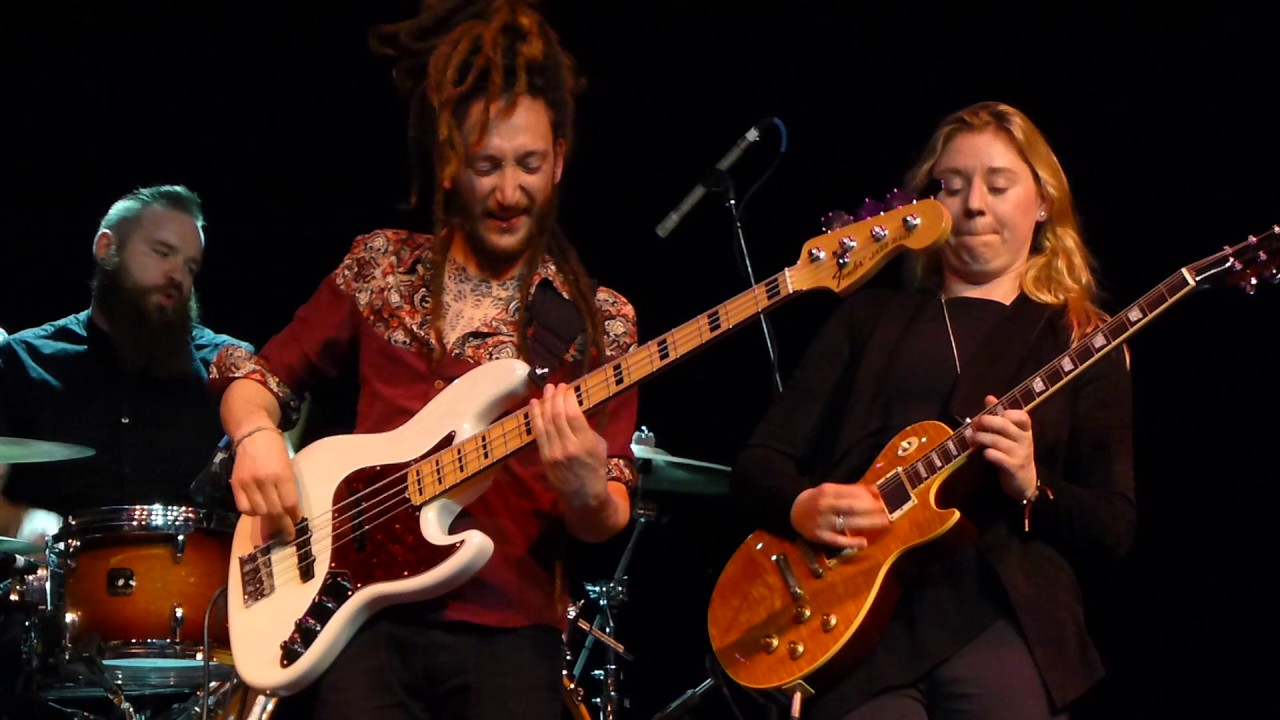 joanne-shaw-taylor-time-has-come-2-6-17-keeping-the-blues-alive-cruise-1anitrasdance