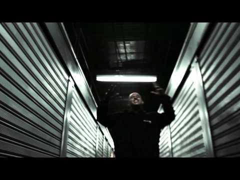 LA MALDITA INFAMIA - COCHE (VIDEO OFICIAL).