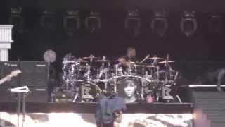 Rihanna concert in Dublin (Numb)