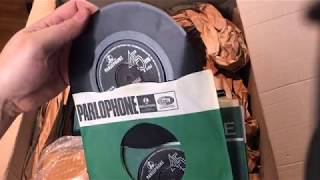 Unboxing A Full Set Of Original 1960's UK Beatles Vinyl 45s +