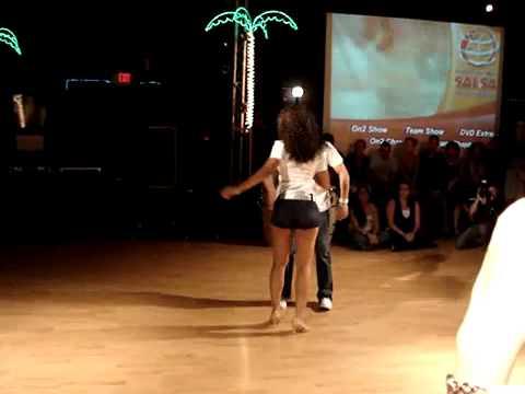 Sexy baile de chica - 2 10