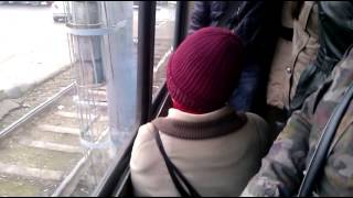 Бабка в трамвае