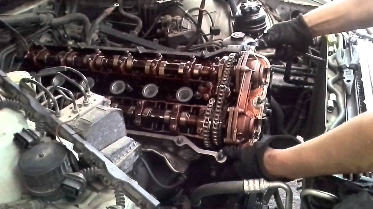 Bmw 528i Double Vanos And Cylinder Head Part 1 Youtube