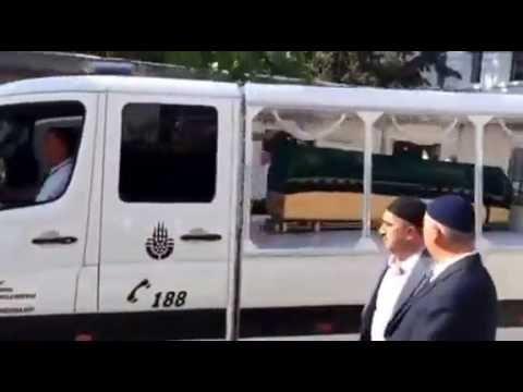 Kanaat Önderi Arif Ahmet Denizolgun Beyefendi'nin cenaze töreni