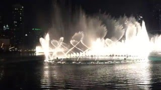 The Dubai Fountain Water Show at Dubai Mall