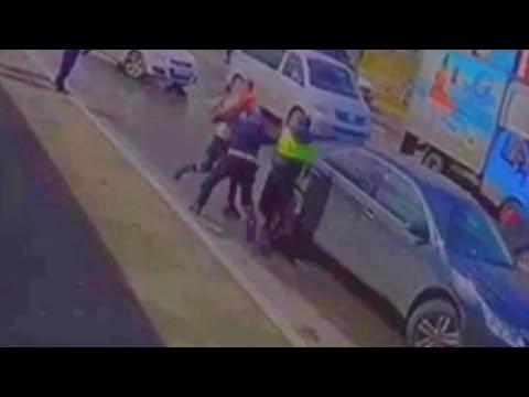 Неадекватный водитель против ИДПС Сургута.