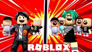 WHO ADOPTS MORE BABIES? CHALLENGE in ROBLOX!! (Adopt me) 😱