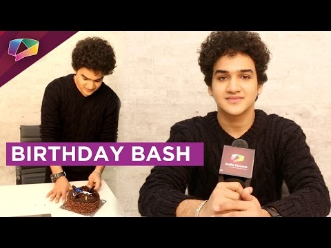 Faisal Khan Birthday Celebration With India Forums