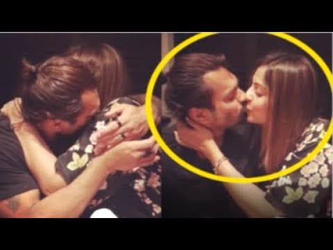 Bipasha Basu's CUTE Video Kissing Karan Singh Grover On Valentines Day Party At Home Mp3