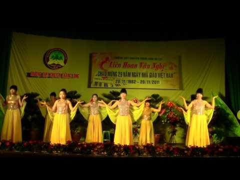 Bình Minh Đất Việt - 12 Hóa 1