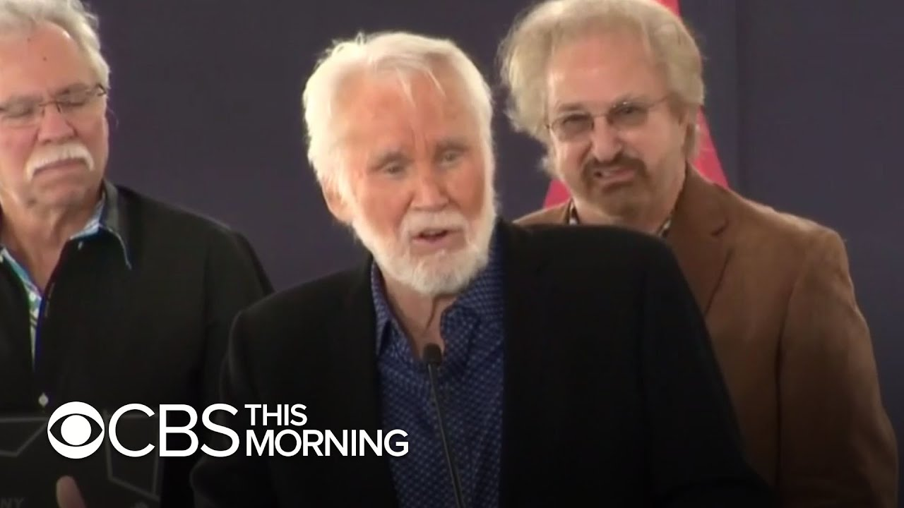 Legendary Country Singer Kenny Rogers Has Died At 81