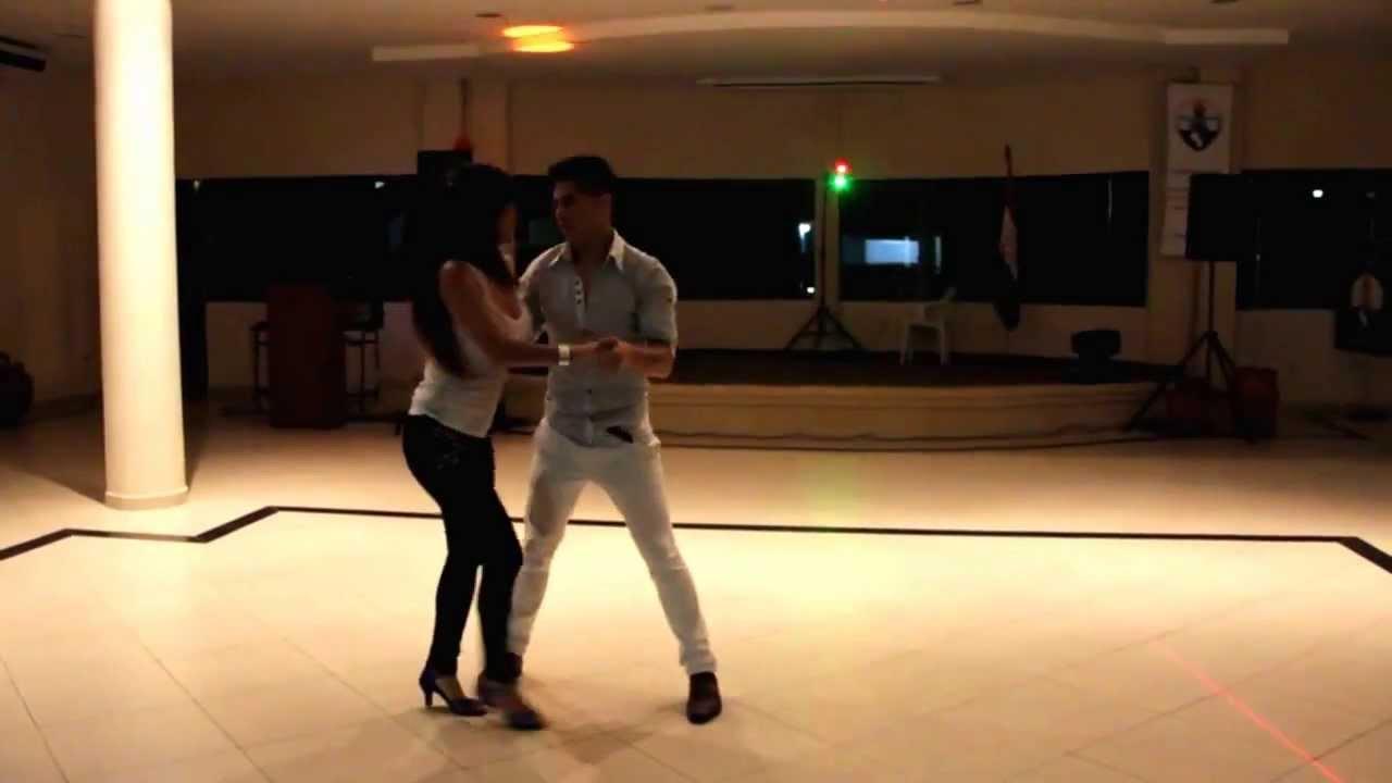 Axel Antezana y Romina  Hidalgo / Bachata Sensual - Asunción / Paraguay
