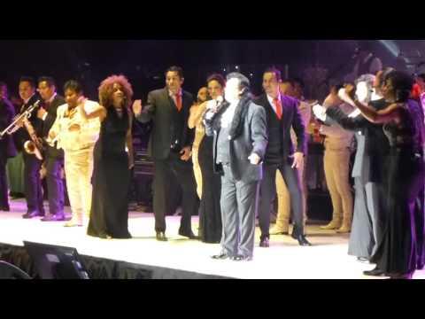 Juan Gabriel - Insensible HD @ Madison Square Garden, November 2015 mp3