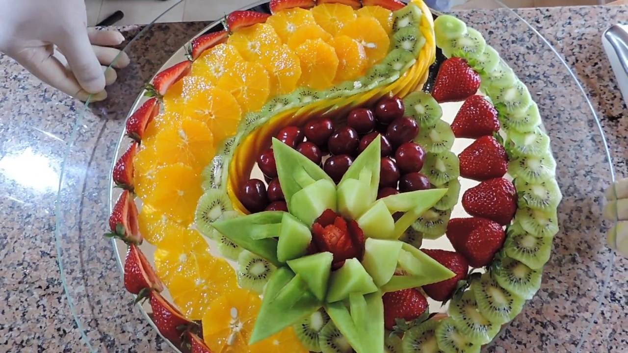 How to make delicious fruit sliced by j pereira art - How to slice strawberries for decoration ...