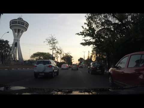 Campinas - SP - 00468 - Saindo do Shopping Center Iguatemi