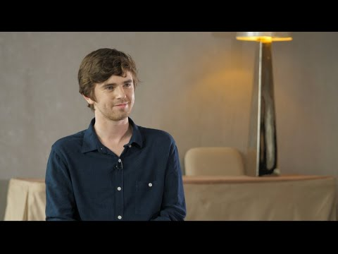 Actor Freddie Highmore: 'I'd Be Completely Useless In Any Real Medical Situation'