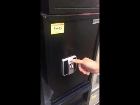 Fingerprint safe box premier