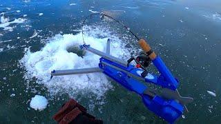 И ТАК БЫВАЕТ ЗБРАЛИ РЫБУ НА РЫБАЛКЕ рыбалка зимой 2021
