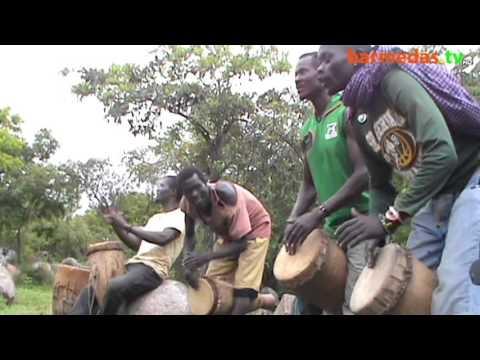 Download Ngoma ya utamaduni wa kisukuma bayeye barmedas.tv