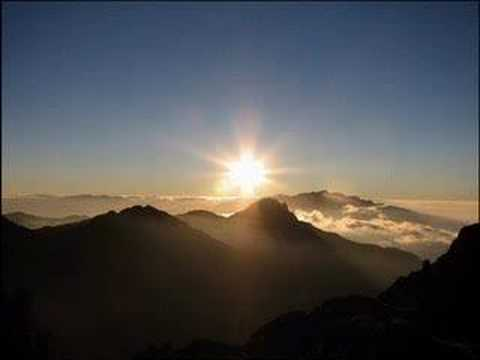 Resultado de imagem para A montanha