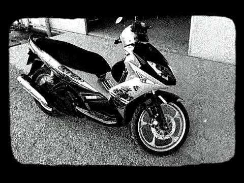 Yamaha Nouvo LX classic movie clip