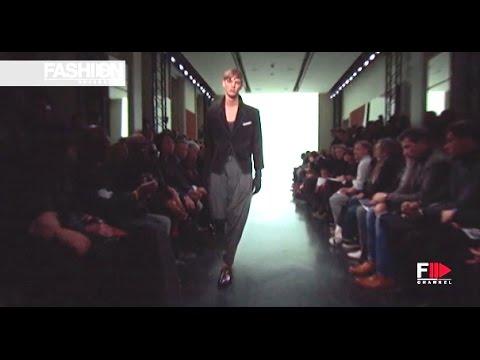 YVES SAINT LAURENT Man Autumn Winter 2010-11 Paris - Fashion Channel