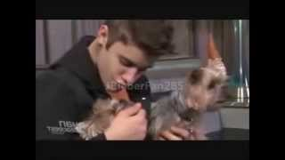 Repeat youtube video Justin Bieber Funny Moments 2012 (NEW)
