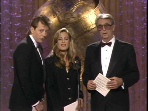 Katherine Helmond Wins Best Supporting Actress TV Series  Golden Globes 1989