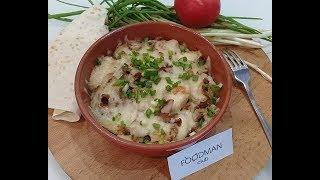 Запеченный картофель с языком и лисичками: рецепт от Foodman.club