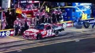 Tony Stewart shows why dirt car driver are in NASCAR